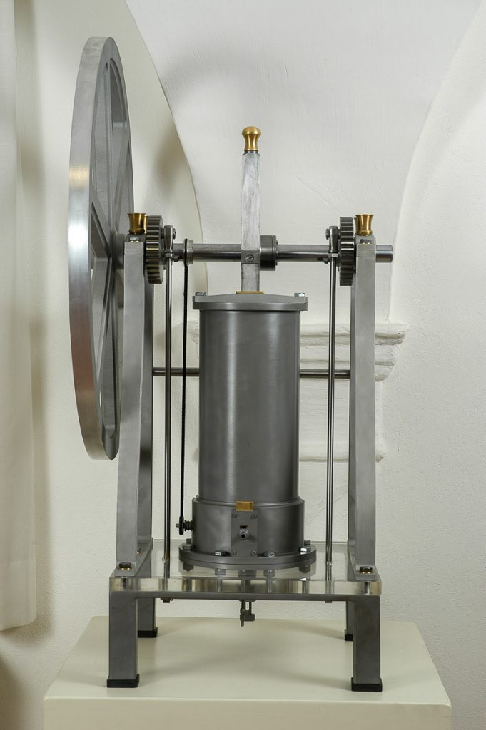 Primo prototipo del motore a scoppio - 1853